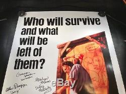 A-101 THE TEXAS CHAINSAW MASSACRE Poster SIGNED BY 7 CAST MEMBERS! NO RESERVE