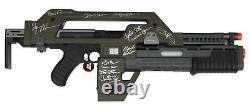 Aliens Cast Signed M41A Pulse Rifle - Celebrity Authentics COA Incl Bill Paxton