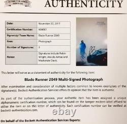 BLADE RUNNER 2049 Cast Signed 11x17 Movie Poster Photo with Beckett BAS COA LOA