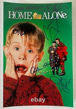 Home Alone cast signed autographed 8x12 photo Macaulay Culkin Joe Pesci Stern