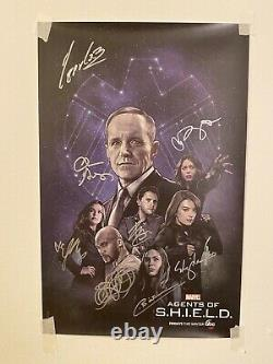 Marvel Agents Of Shield NYCC Full Cast Signed Poster