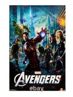 Marvel Avengers Cast Signed Movie Poster Stan Lee Chris Hemsworth Evans