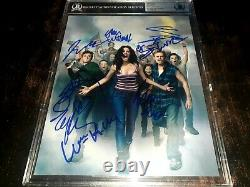 Shameless Full Cast Signed 8x10 Photo Beckett Authenticated Macy, Rossum +6 Auto