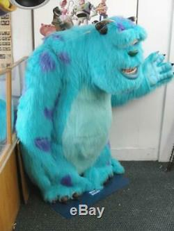 2001 Inc Monstres Sully Life Magasin Affichage Disney Avec Affiche Signe Cast