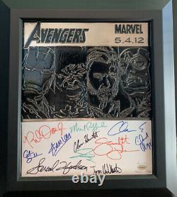 Avengers Film Metal Art Signé Par Le Cast Seulement 25 Jamais Produit Rare