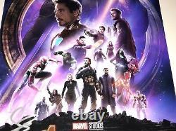 Avengers Infinity War Cast X4 Signé 12x18 Photo En Person Autographe Jsa Coa