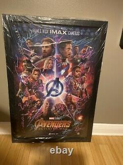 Avengers Infinity War Movie Poster Cast Signé 27x40 X 26 Signatures Marvel Rare