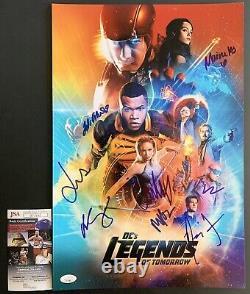 Dc's Legends Of Tomorrow Cast Signé Par 8 12x18 Affiche Autographiée Avec Jsa Coa