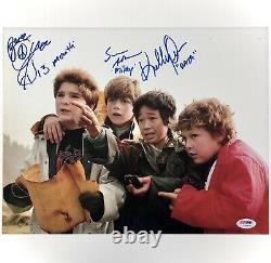 Goonies Cast Signé 11x14 Photo Psa Coa Loa Sean Astin, Ke Quan, Corey Feldman