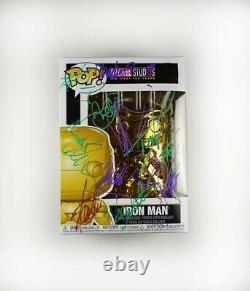 Iron Man Cast Par 12 #375 Avengers Signé Autographed Funko Pop Coa