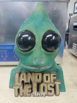 Land Of The Lost Sleestak Bust Hand Signé Par 10 Membres Originaux De La Distribution 1974-76