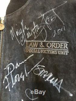 Law And Order Svu Autographié Veste Crew Cast Signé Mariska Hargitay Psa Coa