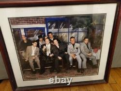 Les Sopranos Cast Signé 26x22.5 Photo Encadrée Avec Coa Et Photo Proof