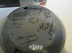Lost In Space Jupiter II Trendmasters Playset Autographié X 6 Par Casting Avec Des Photos