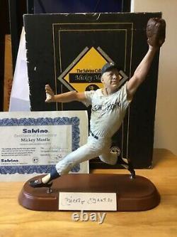 Mickey Mantle Signé L. E. Salvino Cold-cast Ny Yankees Figurine Avec Box & Coa