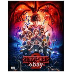 Millie Bobby Brown & Stranger Things Cast Autographié 11x14 Photo 6 Signatures