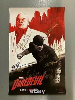 Nycc 2018 Exclusive Marvel Cast Signe Netflix Daredevil Poster Cox Donofrio