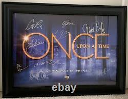 Once Upon A Time Cast Signé Affiche Encadrée De Comic Con 2017 (saison Finale)