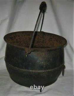 Pays Antique Primitive Fire Hearth Poêle Art Cast Fer Chaudron Griswold Pot