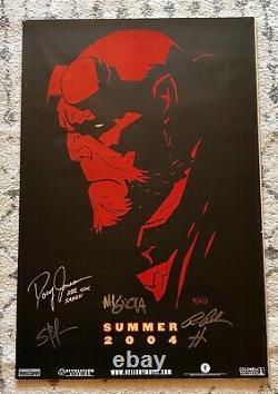 Ron Perlman, Mike Mignola, Et Hellboy Cast Signé 27 X 40 Affiche