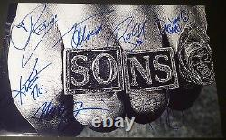 Sons Of Anarchy Cast(x7)authentic Hand-signed 11x17 Photo (charlie Hunnam)(proof)