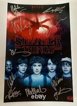 Stranger Things Cast Signé Autographié 8x12 Photo Winona Ryder Millie Brown Coa