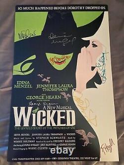 Wicked Broadway Musical Cast Signé Fenêtre Carte Affiche Idina Menzel